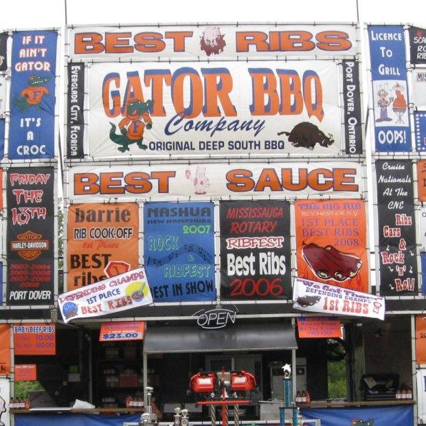 Gator BBQ facade